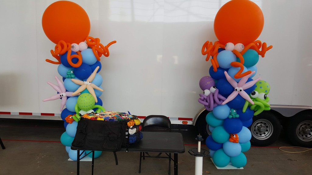 Under the sea balloon column with Giant Octopus topper