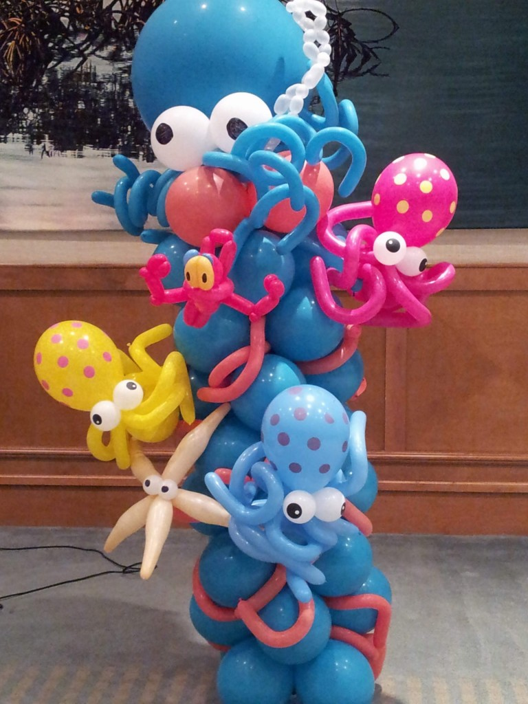 Closeup of the Under the Sea with Octopuses balloon column for Westchester Hospital's Fishing Derby Event