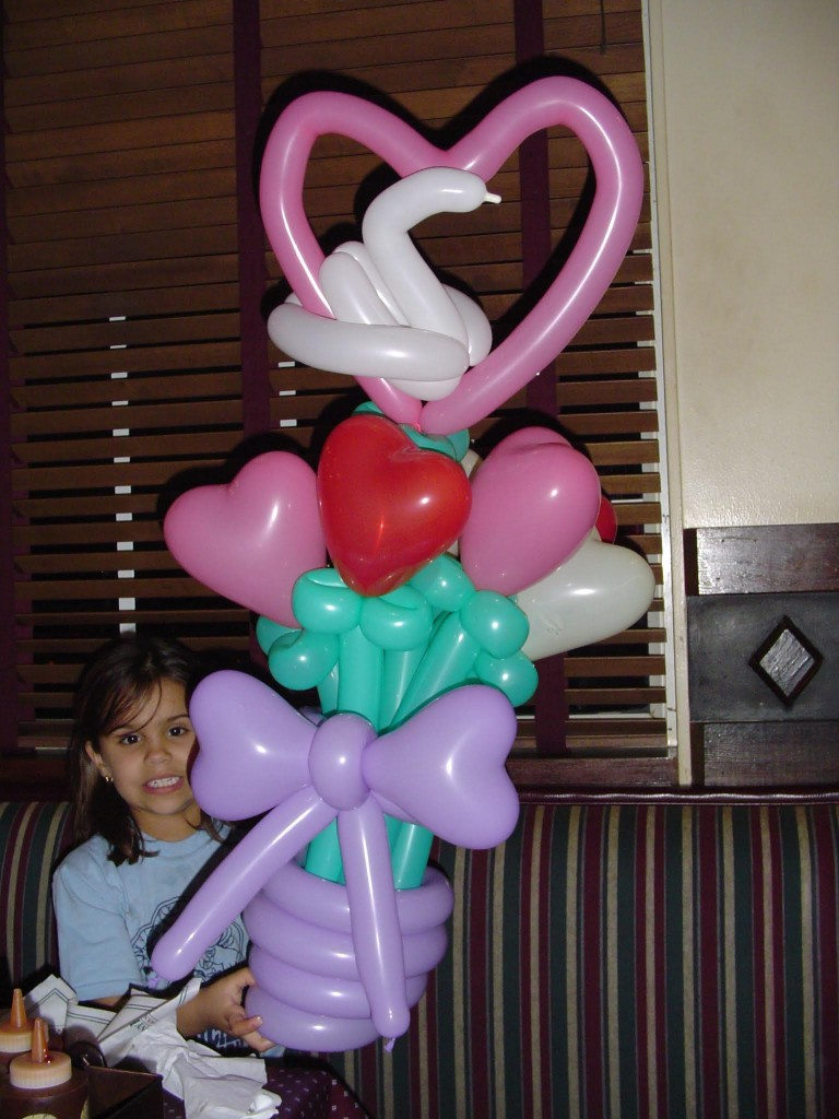 Heart balloon bouquet balloon delivery