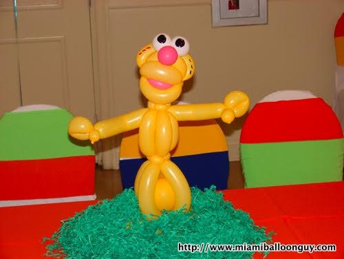 Sesame street Chloe balloon parody centerpiece