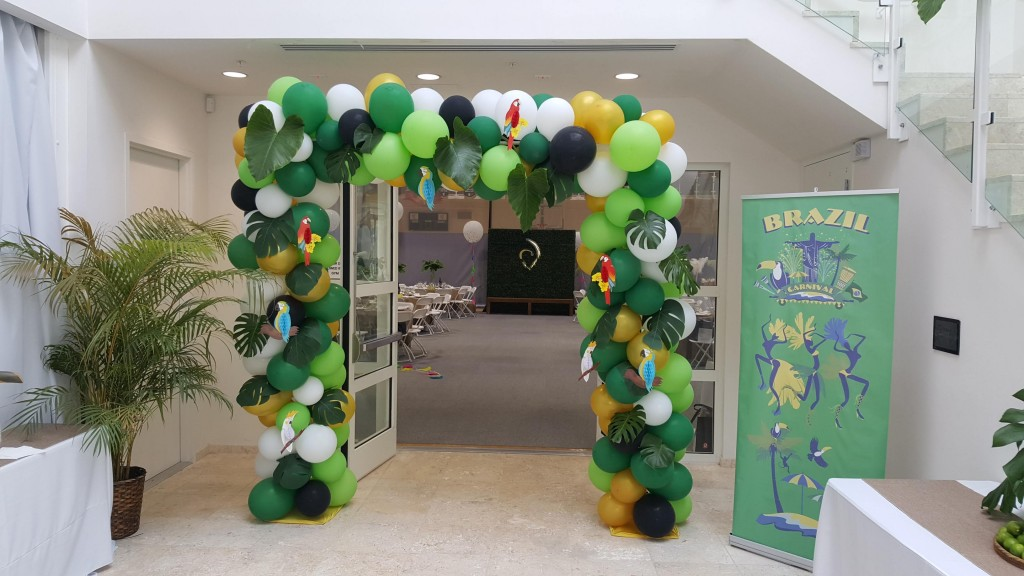 Square Organic tropical themed balloon arch